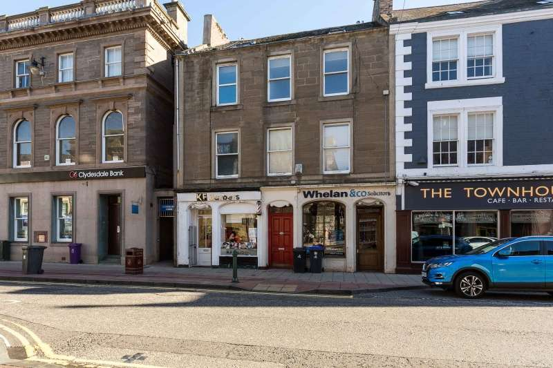 2 Bedrooms Maisonette Flat for sale in High Street, Arbroath, Angus, DD11 1DP