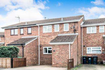 3 Bedrooms Terraced House for sale in Glenavon Road, Bedford, Bedfordshire