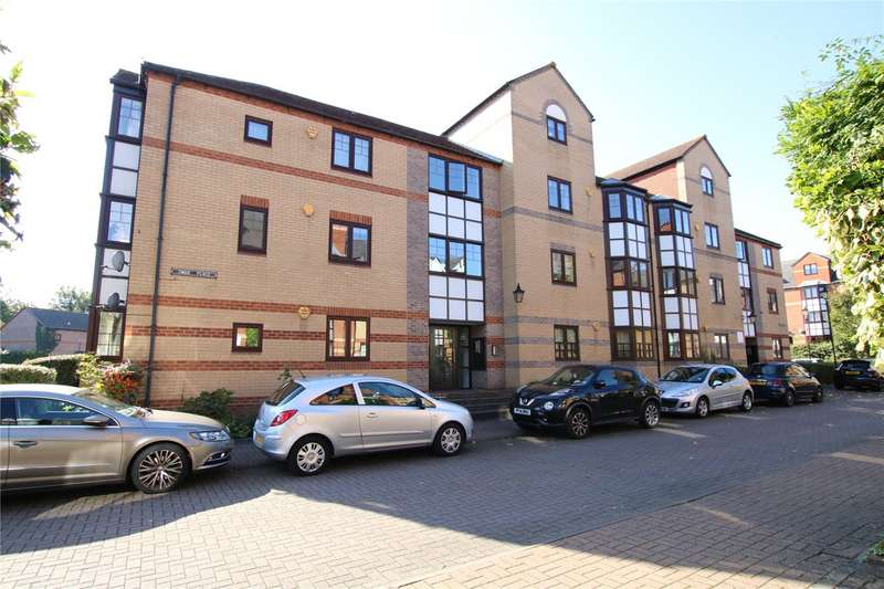 2 Bedrooms Flat for sale in Swan Place, Reading, Berkshire, RG1