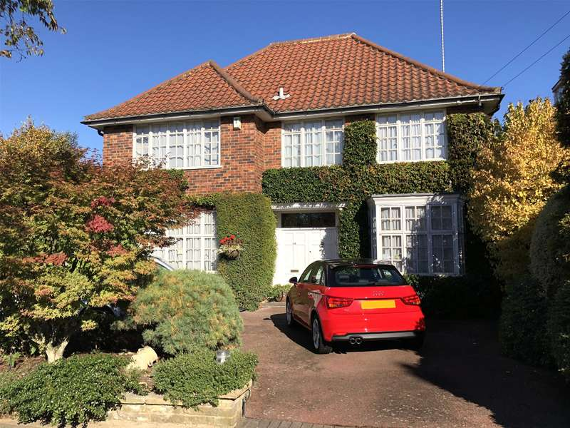 4 Bedrooms Detached House for sale in Norrice Lea, London
