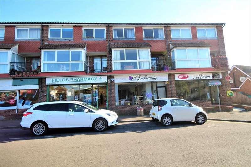3 Bedrooms Maisonette Flat for sale in Longfield Road, Twyford, Reading