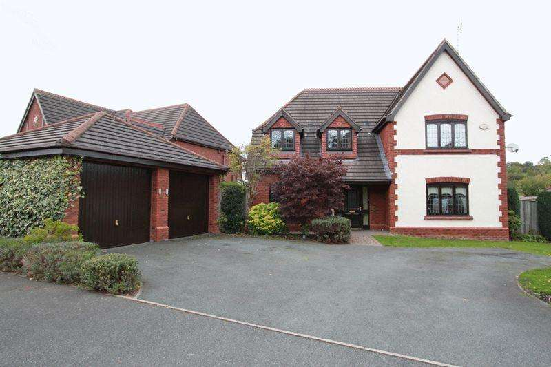 4 Bedrooms Detached House for sale in Regency Drive, Stockton Brook