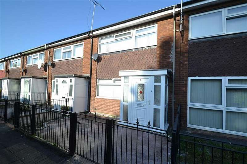 4 Bedrooms Terraced House for rent in Eton Court, Old Trafford, Old Trafford