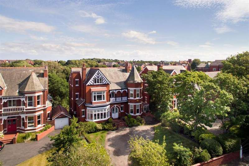 6 Bedrooms Detached House for sale in Westbourne Road, Birkdale, Southport, PR8 2HZ