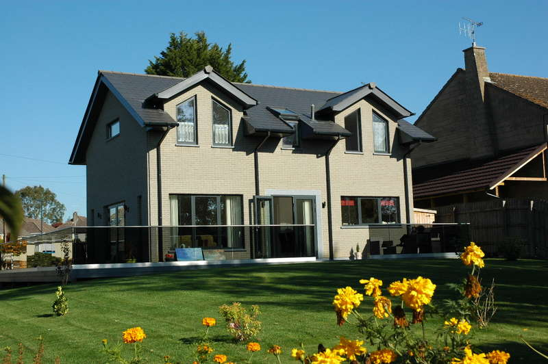 4 Bedrooms Detached House for sale in Birchfields, Wavering Lane East, Gillingham, Dorset, SP8 4NX