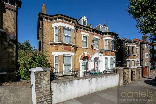 7 Bedrooms Semi Detached House for sale in St Marys Road, Harlesden, London
