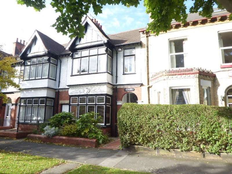 4 Bedrooms House for sale in Marlborough Avenue, Hull, HU5 3JT