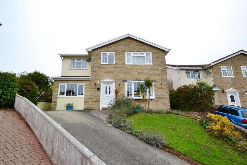 5 Bedrooms Detached House for sale in Grove Drive, Pembroke