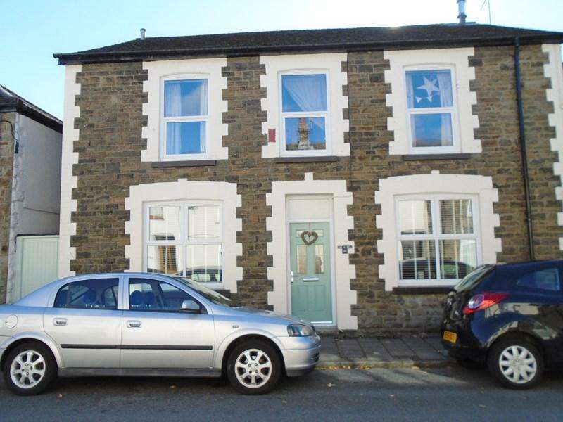4 Bedrooms Semi Detached House for sale in Senghenydd Street, Treorchy