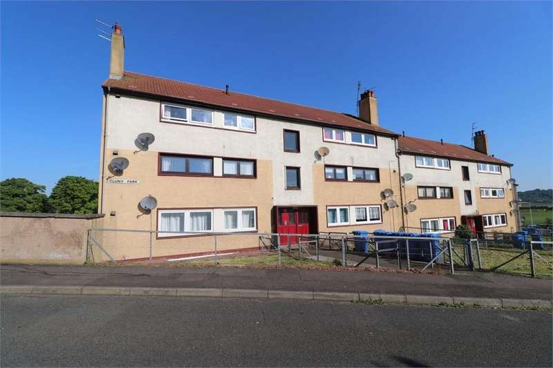 3 Bedrooms Flat for sale in Cluny Park, CARDENDEN, Fife