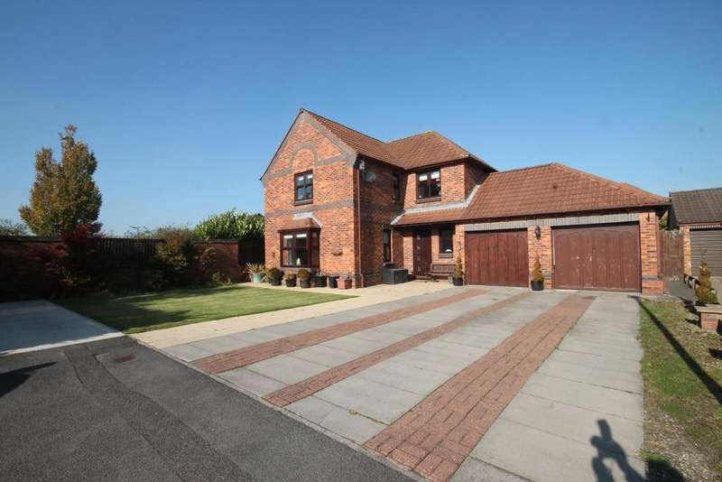 4 Bedrooms Detached House for sale in Buckland Close, Ingleby Barwick, Stockton-On-Tees