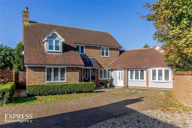 4 Bedrooms Detached House for sale in Dragons Green, Sewards End, Saffron Walden, Essex