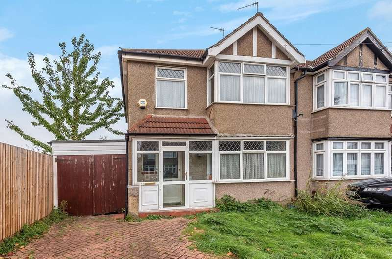 3 Bedrooms Semi Detached House for sale in Lulworth Road, London