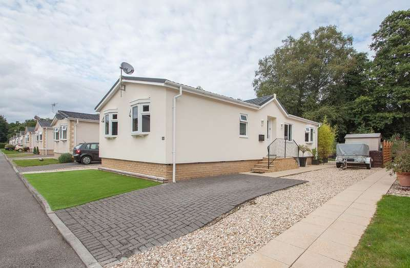 3 Bedrooms Detached Bungalow for sale in Riverside, Plymouth