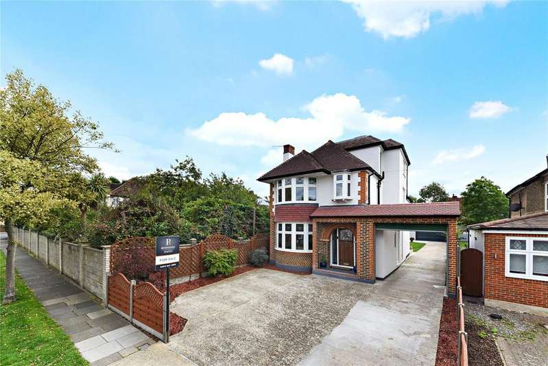 4 Bedrooms Detached House for sale in Leyfield, Worcester Park, KT4
