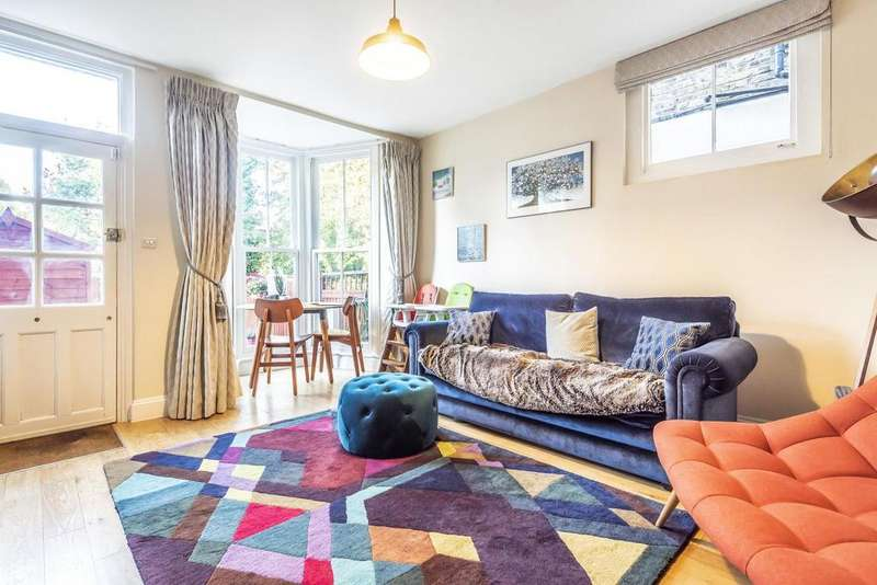 2 Bedrooms Terraced House for sale in Bennett Park, Blackheath