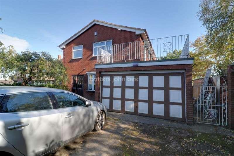 4 Bedrooms Detached House for sale in School Lane, Dilhorne, ST10 2QB