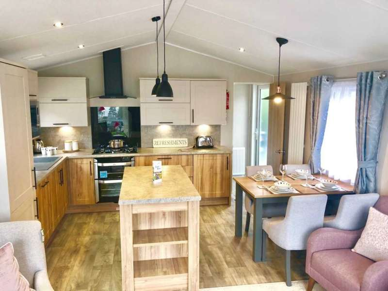 2 Bedrooms Caravan Mobile Home for sale in Quay West Holiday Park, Ceredigion