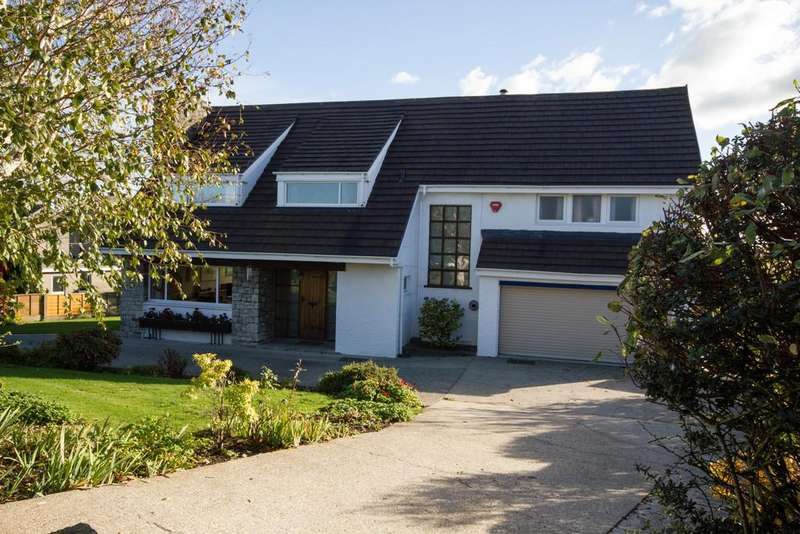 4 Bedrooms Detached House for sale in Lumley Road, Kendal, Cumbria