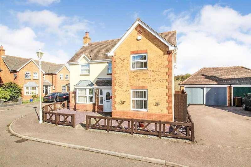 4 Bedrooms Detached House for sale in Watermead, Aylesbury