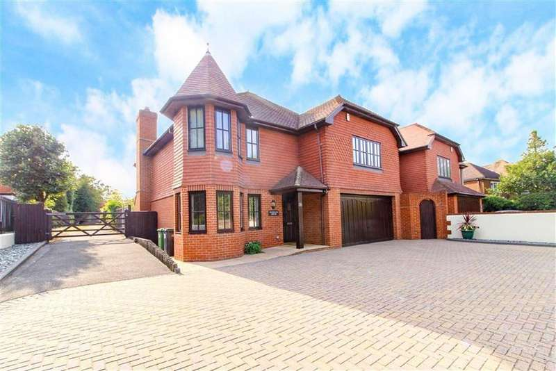 5 Bedrooms Detached House for sale in The Green, St Leonards-on-sea, East Sussex
