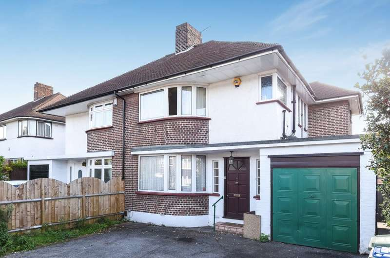 3 Bedrooms Semi Detached House for sale in Court Road, London