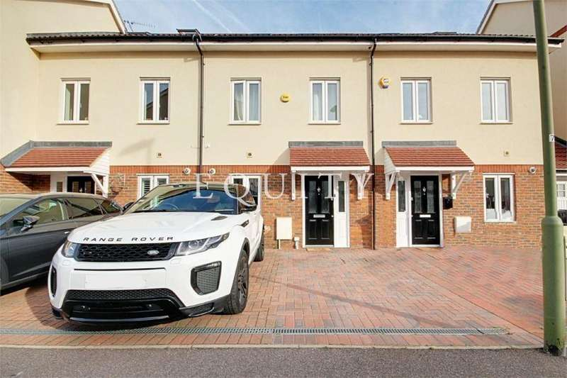 4 Bedrooms Terraced House for sale in Robinia Road, Broxbourne, EN10