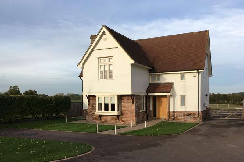 4 Bedrooms Detached House for sale in Bury Road, Lawshall, Bury St Edmunds IP29
