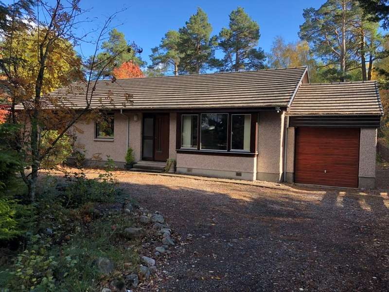 3 Bedrooms Detached Bungalow for sale in Station Road, Carrbridge PH23
