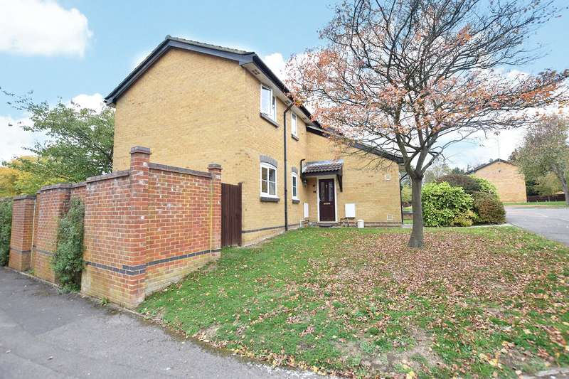 1 Bedroom Maisonette Flat for sale in Aldworth Close, Bracknell, Berkshire, RG12