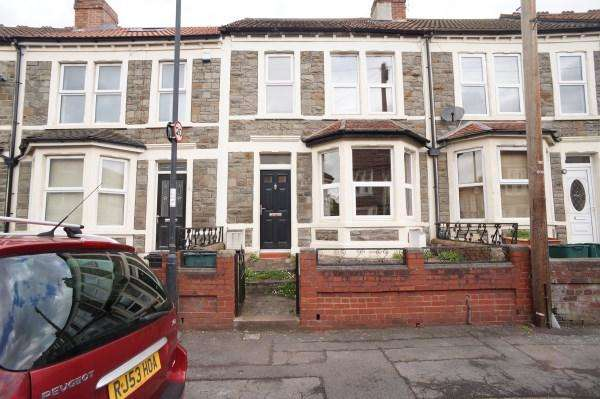 3 Bedrooms House for sale in Pendennis Park, Brislington, Bristol, BS4 4JL
