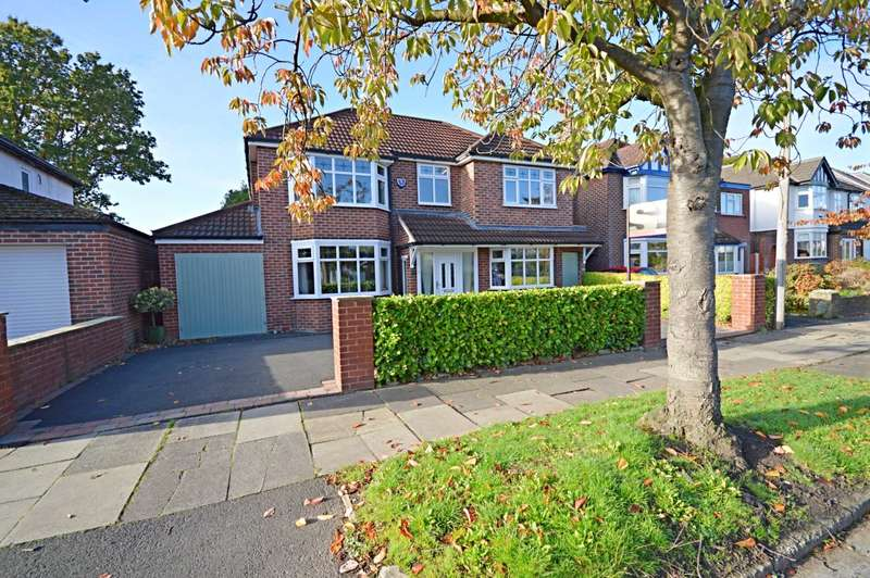 4 Bedrooms Detached House for sale in Highfield Road, Cheadle Hulme