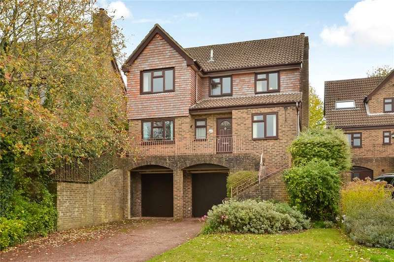 4 Bedrooms Detached House for sale in Wren Close, Winchester, Hampshire, SO22