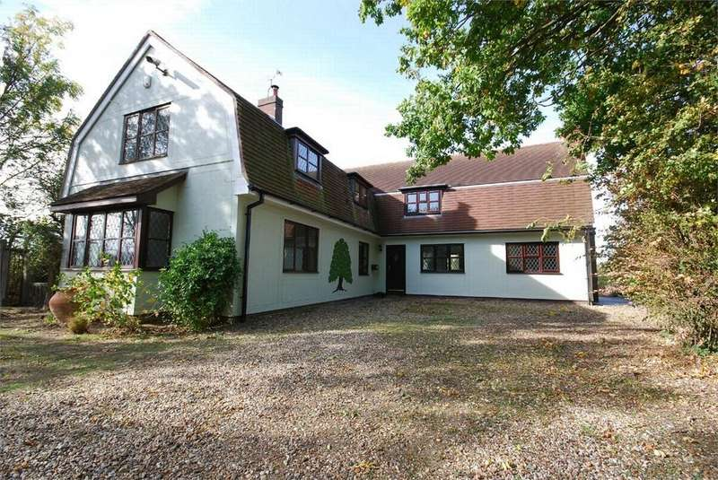 5 Bedrooms Detached House for sale in London Road, Feering, Essex
