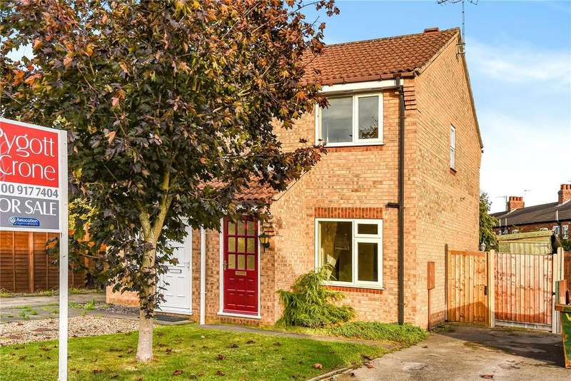 2 Bedrooms Semi Detached House for sale in Linnet Way, Sleaford, NG34