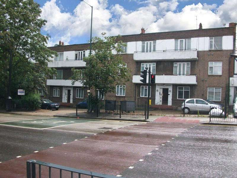2 Bedrooms Apartment Flat for sale in Talbot Court, Blackbird Hill, London, NW9