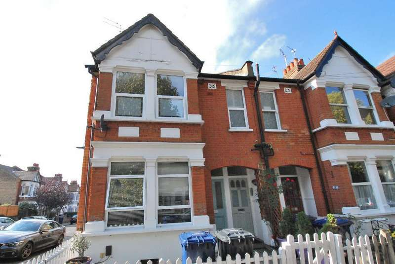 2 Bedrooms Flat for sale in Station Road, Hanwell, London, W7 3JE