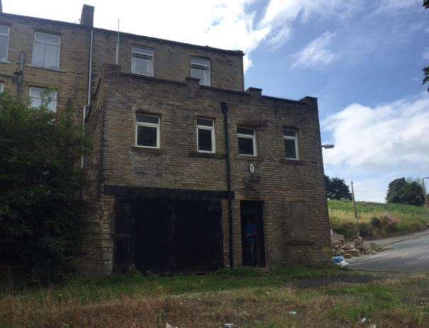3 Bedrooms House for sale in Eldroth Road, Halifax