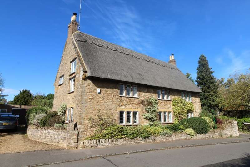 4 Bedrooms Cottage House for sale in High Street