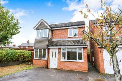 4 Bedrooms Detached House for sale in St. Johns Road, Hitchin, Hertfordshire
