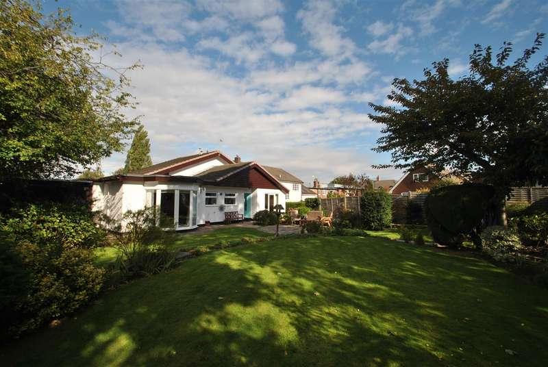 4 Bedrooms Detached House for sale in Birchdale Road, APPLETON, Warrington, WA4
