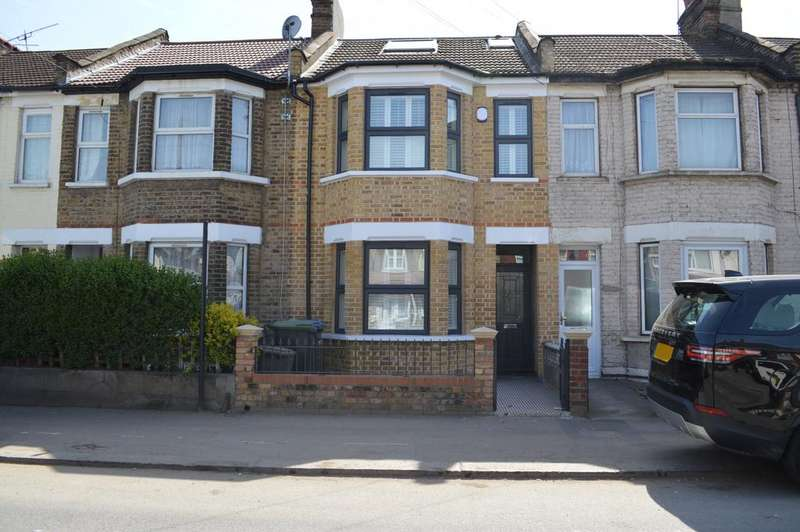 4 Bedrooms Terraced House for sale in Montagu Road, N18
