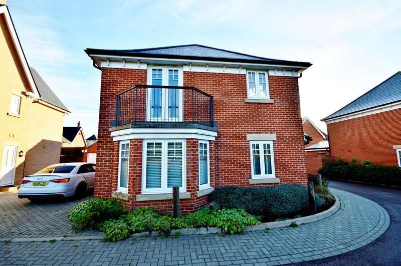 4 Bedrooms Detached House for sale in Spartan Close, Great Horkesley
