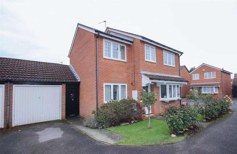 4 Bedrooms Link Detached House for sale in Oak Close, Little Stoke, Bristol, BS34