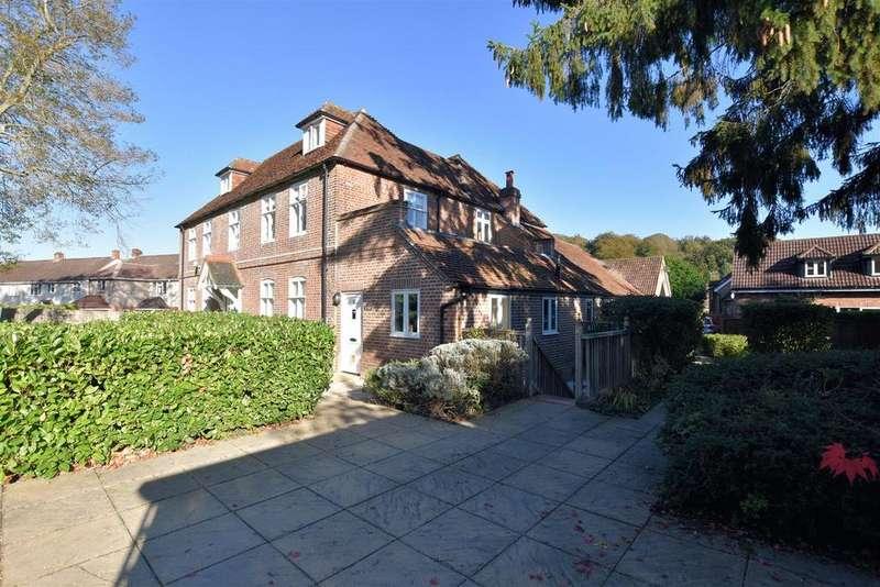 1 Bedroom Flat for sale in Kentwood Hill, Tilehurst, Reading