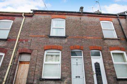 2 Bedrooms Terraced House for sale in May Street, Luton, Bedfordshire