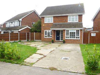 4 Bedrooms Detached House for sale in South Benfleet, Essex, .