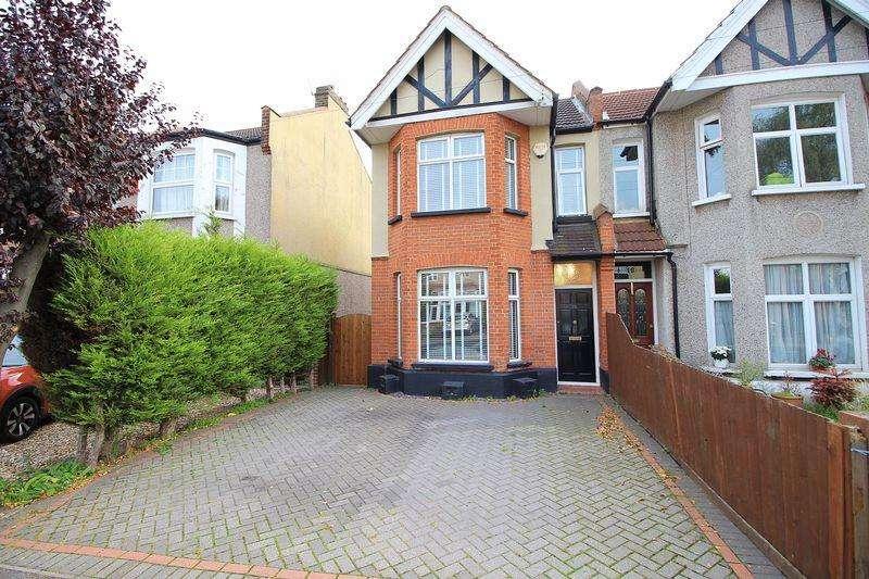 3 Bedrooms Semi Detached House for sale in Longlands Road, Sidcup, DA15 7LT