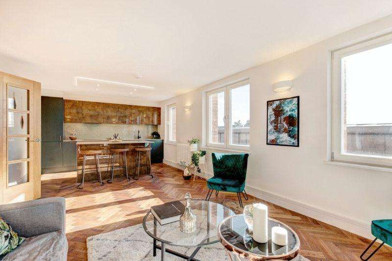 2 Bedrooms Apartment Flat for sale in Kingsdown Parade, Kingsdown