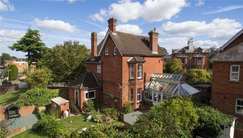 5 Bedrooms Detached House for sale in Manor Road, Salisbury, Wiltshire, SP1